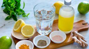 12 receitas de água detox que vão refrescar os seus dias