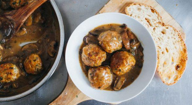 19 receitas de almôndegas de frango simples e muito gostosas