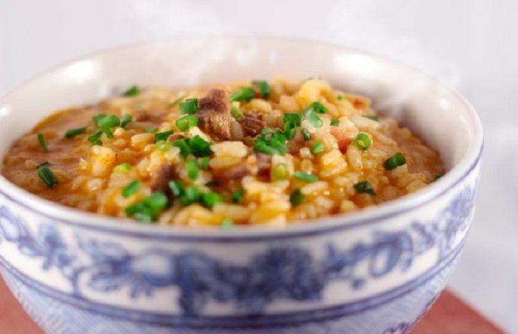 9 receitas de arroz carreteiro para se sentir no Rio Grande do Sul