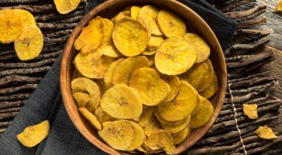 9 receitas de banana passa para se deliciar com diversos pratos
