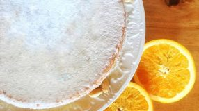 Bolo de laranja com amêndoas