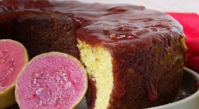 10 receitas de bolo de milho com goiabada que lembram a casa da vó
