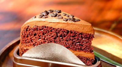 9 receitas de cobertura de chocolate durinha que vão transformar qualquer sobremesa