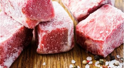 Como descongelar carne rápido: confira truques para a hora da pressa