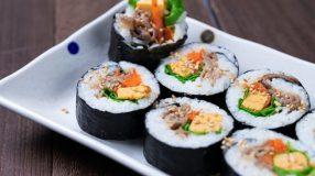 Como fazer kimbap: se aventure na culinária coreana