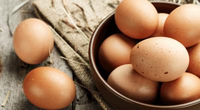 Como saber se o ovo está bom: testes simples para confirmar isso