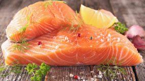 Como temperar salmão e garantir aquele sabor inesquecível