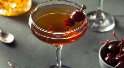 7 receitas de drink Manhattan para uma bebida digna de filmes