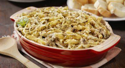 12 receitas de macarrão com frango desfiado simplesmente irresistíveis