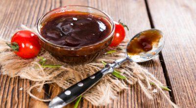 15 receitas de molho barbecue caseiro para inovar os seus pratos