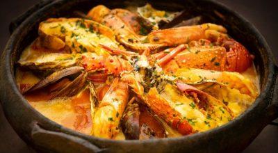 14 receitas de moqueca de peixe com camarão para um prato brasileiro