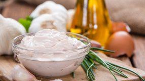 12 receitas de pasta de alho com um sabor marcante