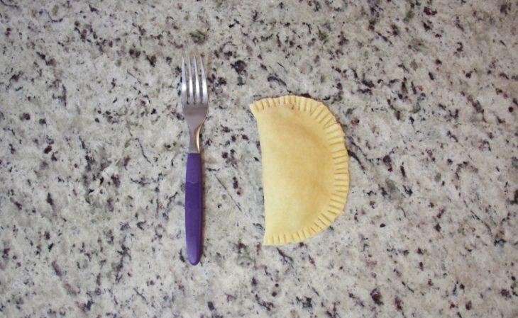 Pastel de forno de frango simples - Passo a passo