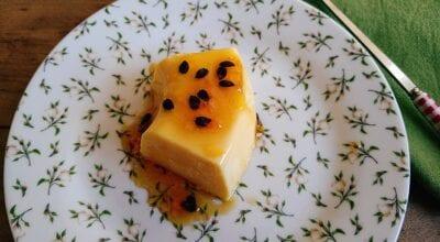 Pudim fácil de gelatina de maracujá