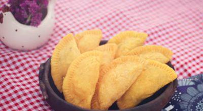 10 receitas de pastel de angu para degustar essa delícia mineira