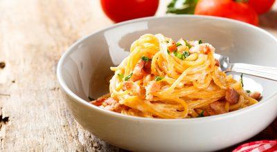 25 receitas à carbonara para sentir o sabor da Itália