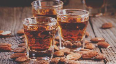12 receitas com amaretto que vão muito além da tradicional bebida