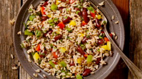 7 receitas com arroz 7 grãos para incluir no cardápio imediatamente