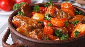 9 receitas de acém na panela de pressão para servir uma carne suculenta