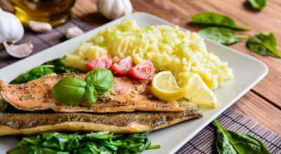 15 receitas de acompanhamento para peixe para uma refeição perfeita