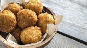 16 receitas de arancini para provar um bolinho italiano