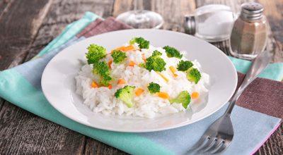 10 receitas de arroz com brócolis para inovar nas refeições cotidianas