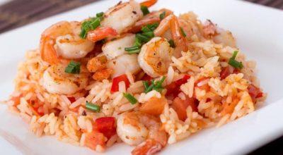 15 receitas de arroz com camarão sensacionais de tão simples e saborosas