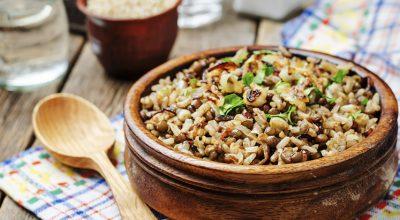12 receitas de arroz com lentilha que vão muito além do comum