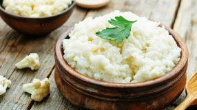 13 receitas de arroz de couve-flor para se deliciar e não sair da dieta