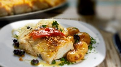 8 receitas de bacalhau à lagareiro para experimentar um prato português