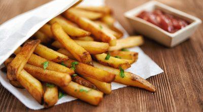 24 receitas de batata frita que vão te fazer sorrir de orelha a orelha