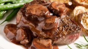 30 receitas de bife ao molho com gostinho de comida de vó