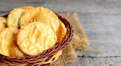11 receitas de biscoito de queijo impossíveis de resistir