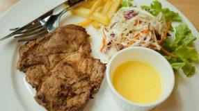 13 receitas de bisteca de porco para se encantar com o sabor dessa carne