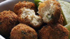 42 receitas de bolinho de peixe para sentir o sabor do mar em casa