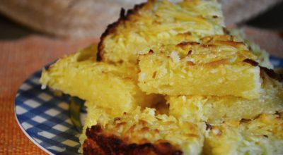 12 receitas de bolo de aipim com coco para servir um lanche diferenciado