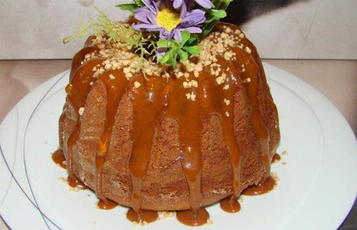 Resultado de imagem para bolo de caramelo