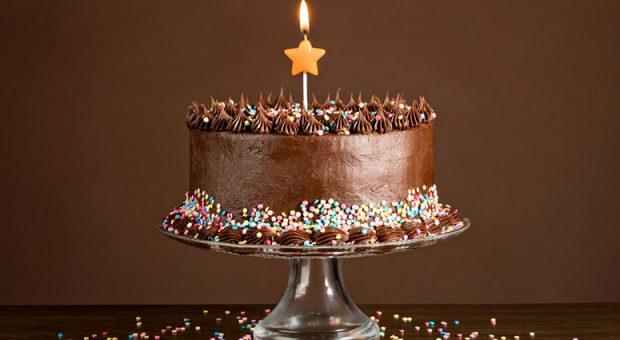 25 receitas de bolo de chocolate de aniversário que não têm defeitos