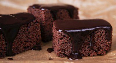 12 receitas de bolo de chocolate sem glúten e extremamente fofinhas