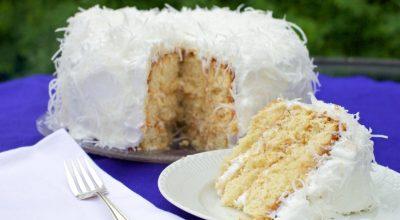 20 receitas de bolo de coco molhado para suspirar com cada pedaço