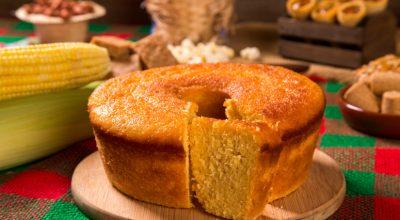 10 receitas de bolo de cuscuz para sentir o gostinho da fazenda