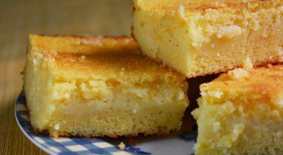 10 receitas de bolo de flocão cremoso para um lanche perfeito