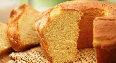 7 receitas de bolo de fubá com Maizena para um lanche delicioso