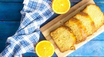 8 receitas de bolo de laranja com casca para aproveitar toda a fruta