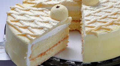 8 receitas de bolo de leite Ninho de liquidificador para comer até enjoar