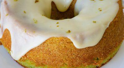 13 receitas de bolo de limão fofinho para o café da tarde perfeito