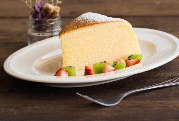 10 receitas de bolo de liquidificador cremoso para se deliciar de forma simples