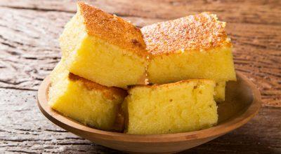 18 receitas de bolo de milho cremoso que todo brasileiro precisa conhecer