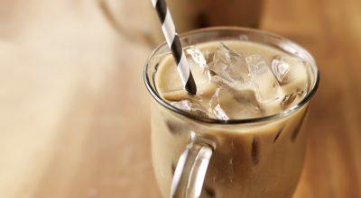 28 receitas de café gelado para não ter problemas no verão