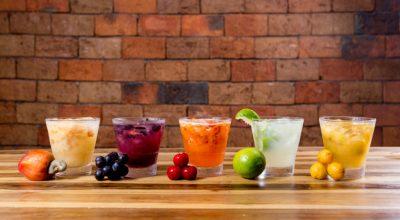 14 receitas de caipifruta para ir além da pinga e do limão